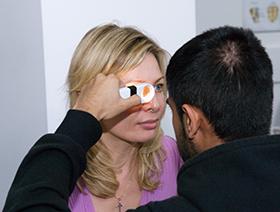 iridology-examination